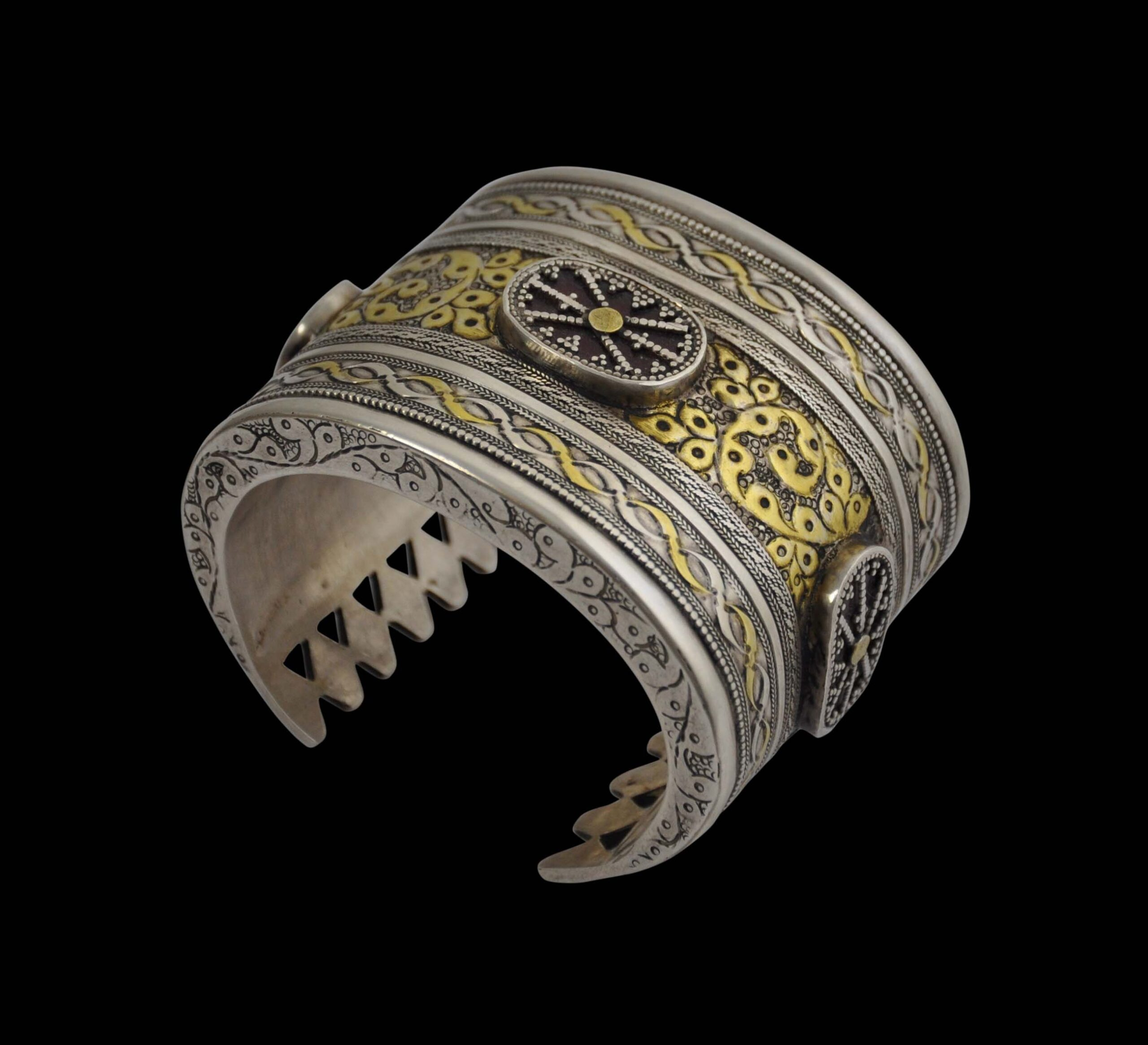 HOW TO BUY THE KAZAKH JEWELRY?